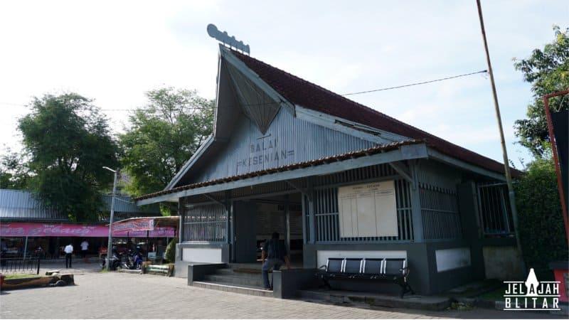Balai Kesenian di Istana Gebang