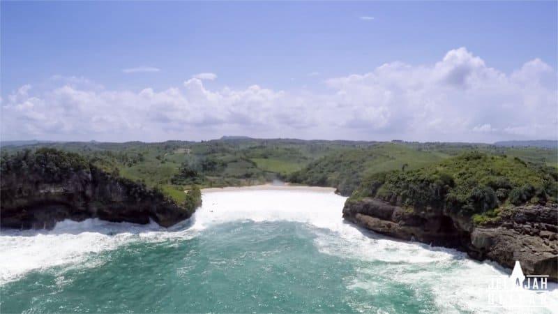 Pantai Keben Blitar