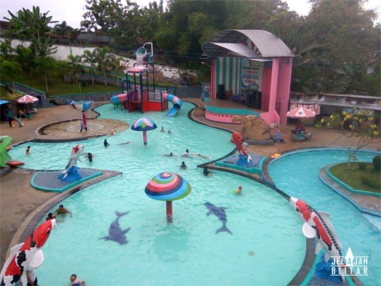 Kolam renang Anak di Sumber Udel Water Park