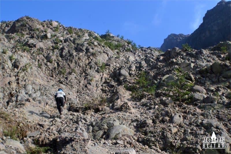 Pendakian Gunung Kelud
