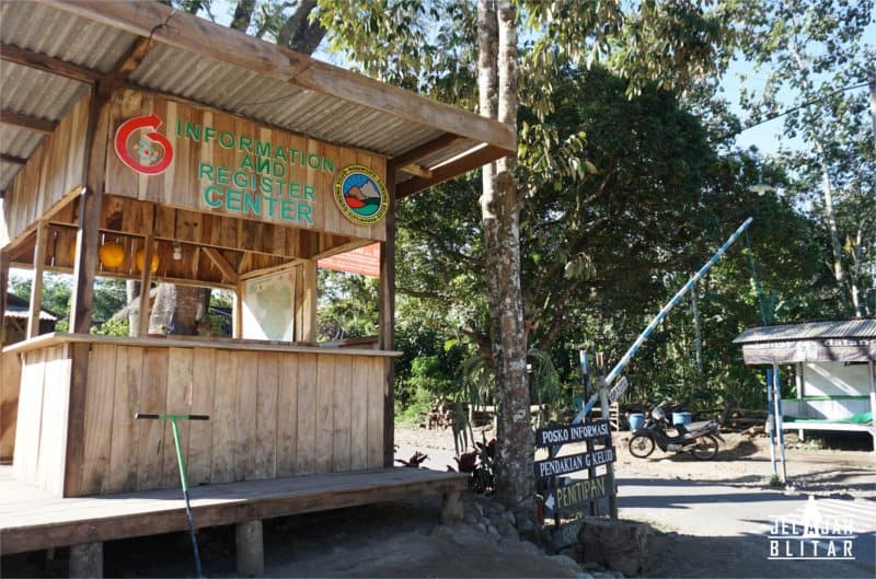 Pos Perijinan Pendakian Gunung Kelud Blitar