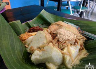 Lontong Cap Gomeh di Depot Diponegoro