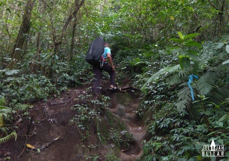 Pendakian Gn Butak via Sirah Kencong