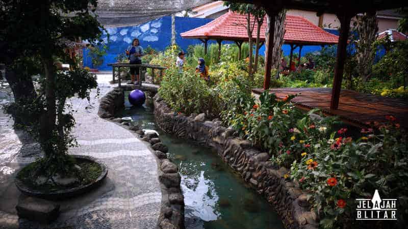 Sungai di Kampung 1001