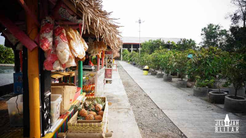 Warung di Kampung 1001