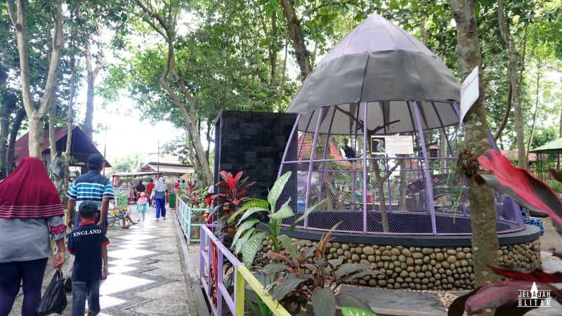 Suasana di Kebon Rojo, Kota Blitar