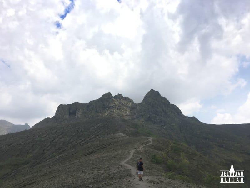 Menuju Puncak Gunung Kelud via Karangrejo