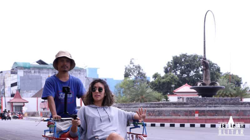 Aloon - Aloon dan Taman Pecut