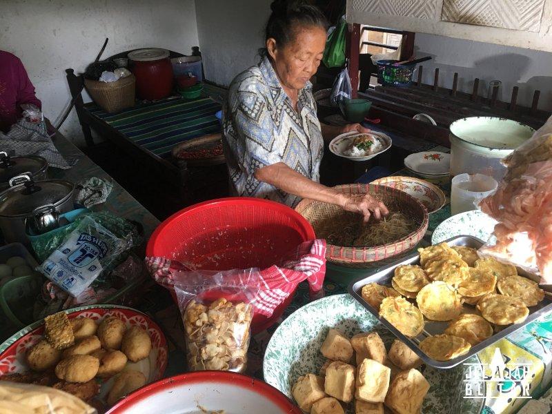 Warung Pecel Mbok Marem